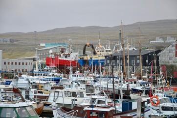 フェロー諸島 Faroe Islands ストレイモイ島 Streymoy Island トシュハウン Tórshavn