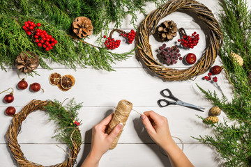 Christmas wreath decoration with handmade DIY, do it by yourself.
