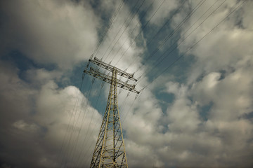 The Electric Pylon with the dark Sky