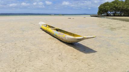 Canoa de Madeira em Ilha de Maré, Bahia, Brasil