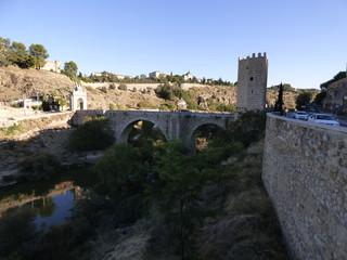 Puente medieval en Toledo ( Castilla La Mancha)