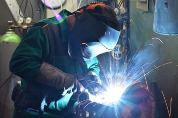 Schweißer im Stahlbau // welder