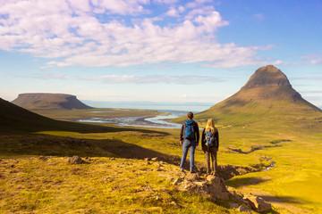 Trekking in Iceland near Kirkufell mountain / Wandern am Kirkjufell in Island