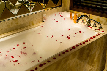 romantic bath with flowers