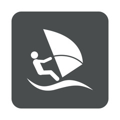 Icono plano windsurf en cuadrado gris