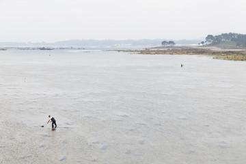 Mariscadores en a Illa da Arousa