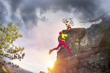 Racer and MTB on the rocks
