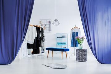 White, minimal dressing room