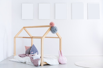 Kid's bedroom with pompons