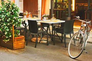 Italian restaurant, retro bike