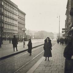FOTO ANNI 30 NEL CENTRO DI VIENNA