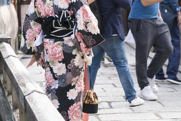 京都イメージ 祇園 着物