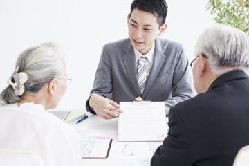 Sales representative who explains the contract