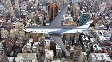 Verkehrsflugzeug über der Hochhauskulisse von Manhattan