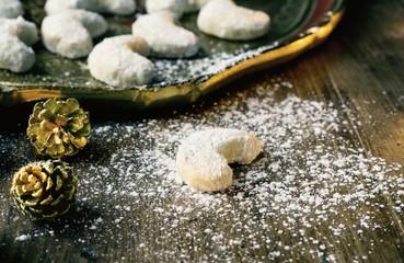 Vanilla Cookies with powdered sugar
