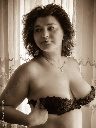 78243886db9 Attractive american sexy plus size mature woman wear black bra