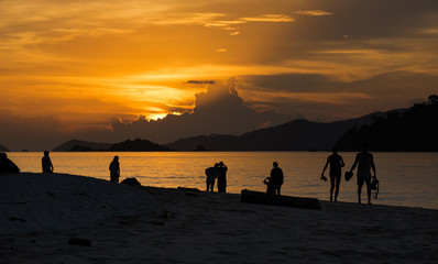 Sunset Beach - Koh Lipe - Thailand