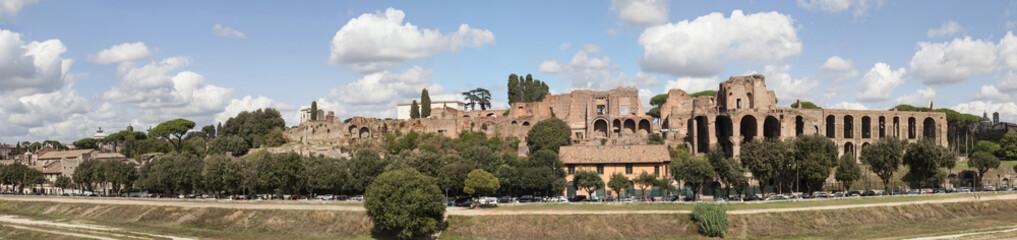 Дворец Палантина в Риме