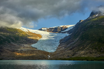 Photo sur Plexiglas Glaciers Lake Svartisvatnet in Helgeland; Nordland; Norway, with Svartisen glacier in the background