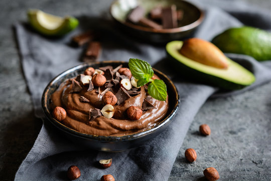 Raw avocado chocolate mousse with hazelnuts
