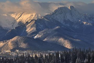 Fototapeta Giewont zimowy wschód słońca obraz
