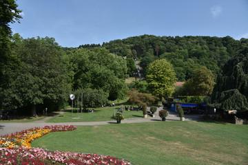Staande foto Los Angeles Stadtgarten Freiburg im Breisgau mit Schlossbergbahn