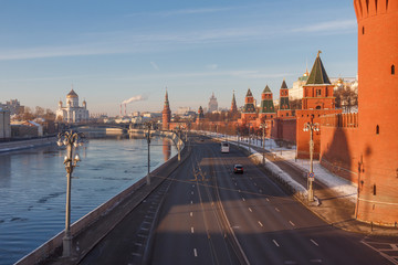 Moscow on a winter morning. View from the Moskvoretsky bridge on the river and the Kremlin, towards the Cathedral of Christ the Savior