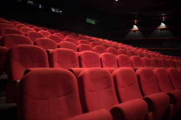 Ingelijste posters Theater red chairs in cinema