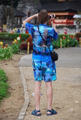 Touriste très mal habillé