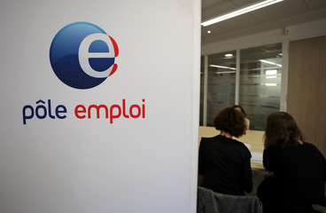 Employees of the National Agency for Employment meet job seeker at their offices in Nice