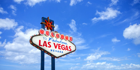 Garden Poster Las Vegas Welcome to fabulous Las Vegas Nevada sign on blue sky background
