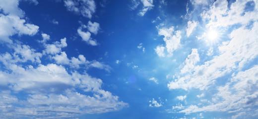太陽と青空と雲-ワイド