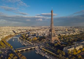 Pejzaż Paryż. Widok z lotu ptaka na Wieżę Eiffla