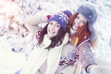 Frauen im Winter