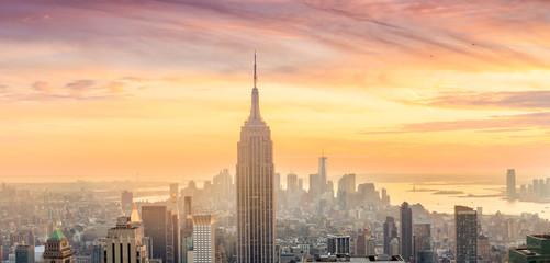 Panorama of Manhattan Skyline  at sunset Fototapete