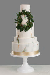 5 Tier Marble Wedding Cake With Wreath