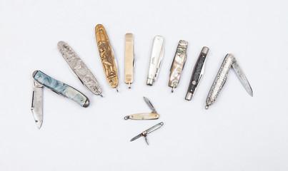 pocketknifes isolated