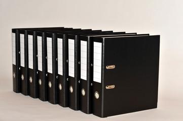 Ordner, Akte, Papiere, Bürokratie, Archiv, Verwaltung, Behörde, Büro, Schriftgut, Aufbewahrungsfristen, Dokumentenmanagement, Dokumentation, Aktenordner, Ordnung, Ablage, Datenschutz
