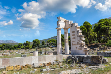 Fototapete - Ruins in Epidavros, Greece