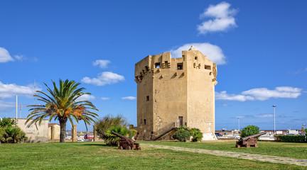 Torre Aragonese Porto Torres Wahrzeichen Hafen