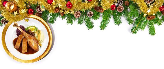Gänsebraten mit Rotkohl und Kartoffelknödel - Weihnachten