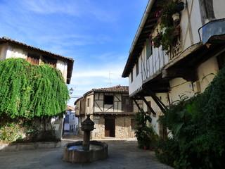 Plaza de la fuente de los chorros en Cuacos de Yuste, Cáceres, Extremadura