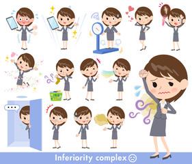 Gray suit business women_complex