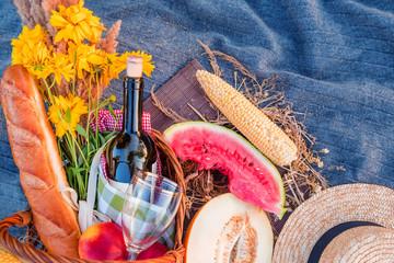 picnic background, summer theme
