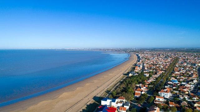 Photographie aérienne de la plage de Chatelaillon