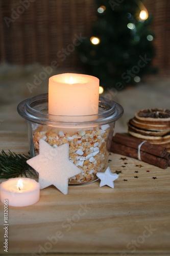 Einfache Tischdeko einfache tischdeko zum advent stockfotos und lizenzfreie bilder auf