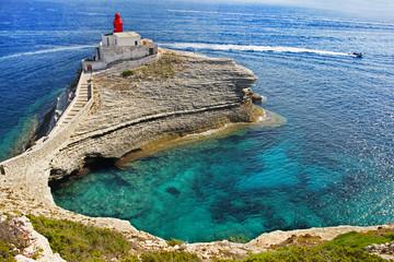 Foto auf Leinwand Leuchtturm Phare de la Madonetta de Bonifacio en Corse-du-Sud