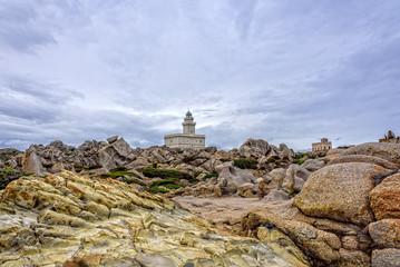 Leuchtturm Capo Teasta Felsen Granitfelsen Sardinien