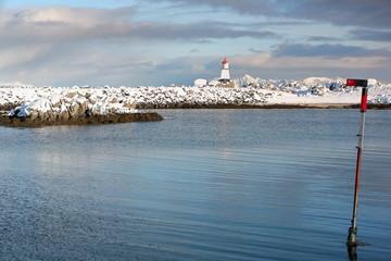 Small lighthouse-end of breakwater at Hovsundhamm fishing port. Hovsund-Gimsoya-Lofoten-Norway. 0592