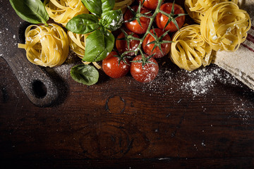 Arrangement of products for preparing pasta